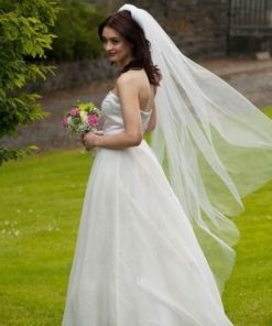 one tier cut edge veil