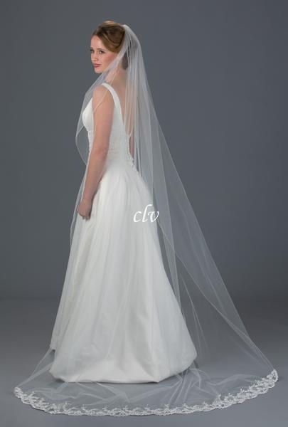 Addison\' Chapel Length Lace Edge Wedding Veil   Classic Veils