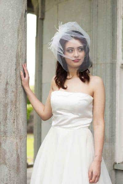 puff birdcage veil with feathers